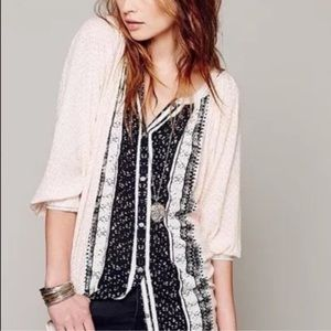 FREE PEOPLE BOHO DOLMAN SLEEVE BUTTON DOWN BLOUSE
